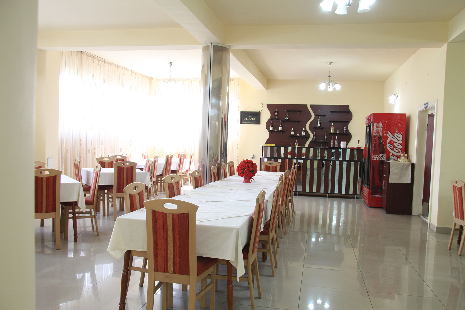 restaurant-hotel-corola-oradea-cazare-oradea-2